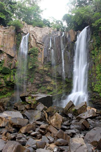 nauyaca waterfalls CR